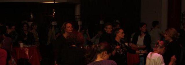 3tanzendes-publikum